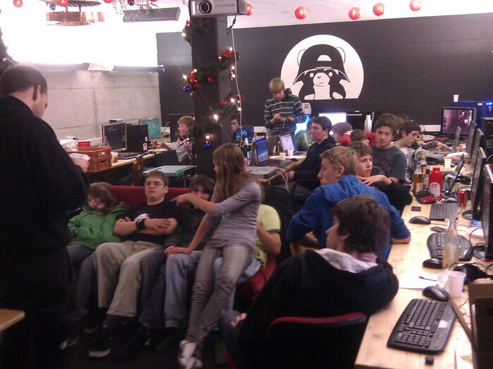 Youth Computer Club (YCC)